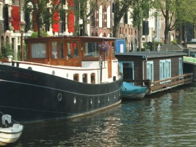 Rent a Houseboat Amsterdam
