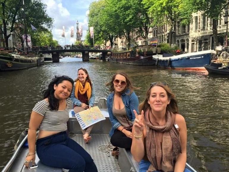 Elektroboot mieten Grachtenfahrt Amsterdam Boats4rent